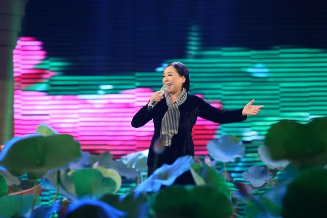 Dan Truong - Hien Thuc nhi nhanh trong hau truong hinh anh 8