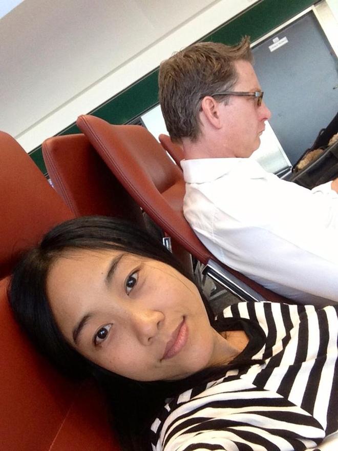Đoan Trang chia sẻ ảnh không trang điểm khi đi du lịch cùng chồng.