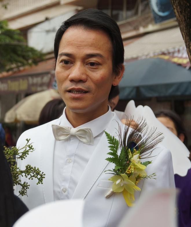 Con gai ben Thanh Thanh Hien trong le ruoc dau hinh anh 1