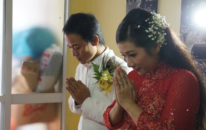 Con gai ben Thanh Thanh Hien trong le ruoc dau hinh anh 5