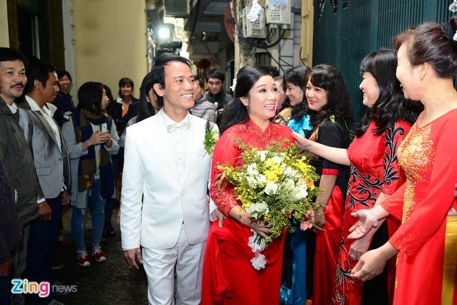 Con gai ben Thanh Thanh Hien trong le ruoc dau hinh anh 15