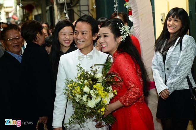 Con gai ben Thanh Thanh Hien trong le ruoc dau hinh anh 16