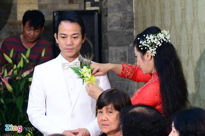 Con gai ben Thanh Thanh Hien trong le ruoc dau hinh anh 17