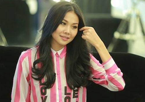 Phoi ao so mi chat nhu sieu mau Thanh Hang hinh anh
