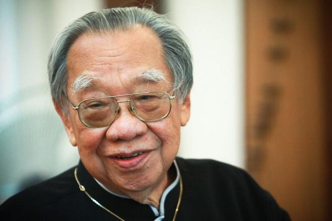 Tung Duong, Mr. Dam dau xot khi G.S Tran Van Khe qua doi hinh anh 1