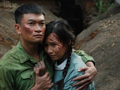 La Thanh Huyen ngat lim sau canh hon Truong Minh Quoc Thai hinh anh