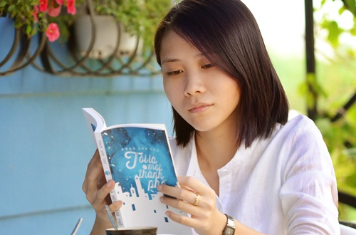 Pham Anh Thu: 'Tuoi tre dung song mot doi nho' hinh anh