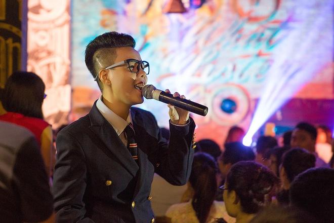 Vu Cat Tuong hat hit cua Lam Truong vi fan Ha Noi hinh anh