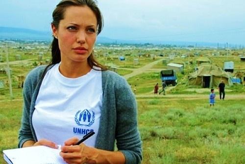 Angelina Jolie va moi duyen co ten Campuchia hinh anh