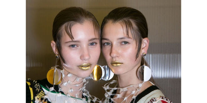 Phong cach trang diem an tuong o New York Fashion Week hinh anh 5