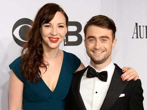 Daniel Radcliffe yeu ban dien sau khi thuc hien canh nong hinh anh