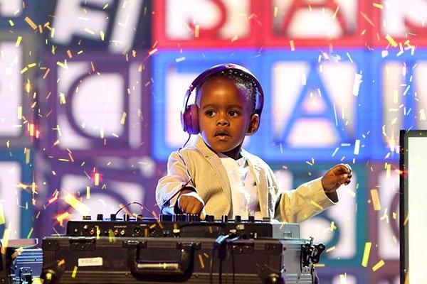 DJ 3 tuoi gianh chien thang tai Nam Phi Got Talent hinh anh