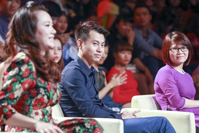 Tien Tien khuay dong san khau BHYT voi 'Vi toi con song' hinh anh 6