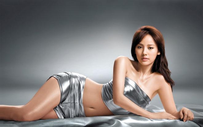 Lee Hyori: Tu kiem tien, uong ruou den trong rau, an chay hinh anh