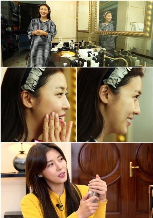 Di tim nhan sac khong son phan cua kieu nu Han hinh anh 8 Ha Ji Won khoe mặt mộc căng mịn trước ống kính dù đã 37 tuổi.