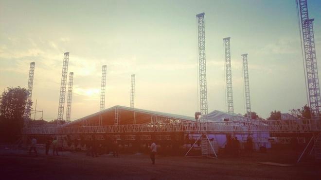 Armin van Buuren nhan cat xe 10 ty cho show tai Viet Nam hinh anh 2
