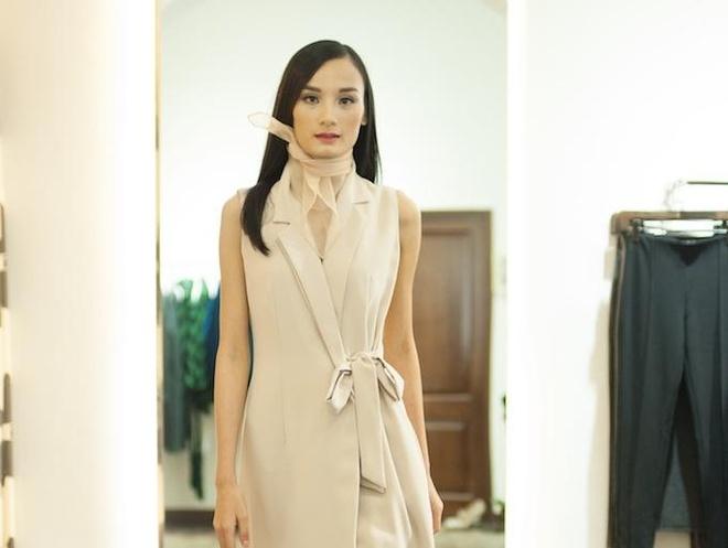 Le Thuy, Hoang Oanh lam co gai mua dong cua NTK LEA'S Le Ha hinh anh