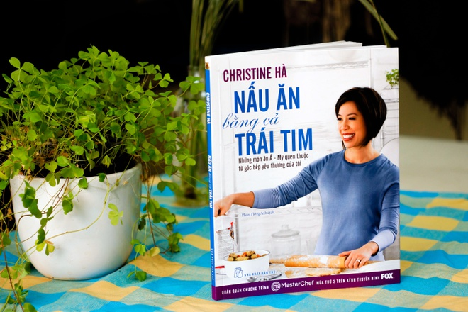 Christine Ha: Lam duoc nhieu dieu y nghia hon vi khiem thi hinh anh