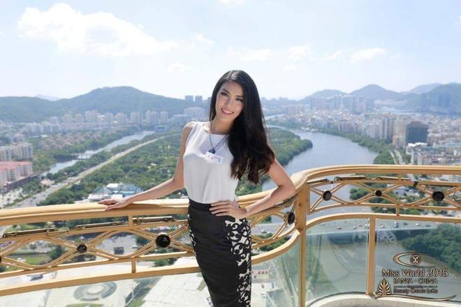 Lan Khue lot top 10 binh chon Hoa hau The gioi 2015 hinh anh 3
