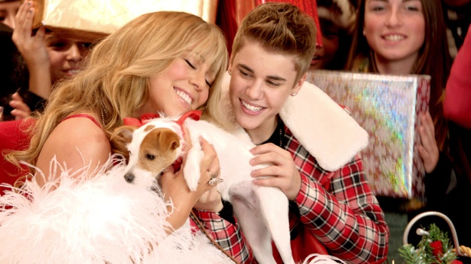 All I Want For Christmas Is You (Superfestive!) -Justin Bieber ft. Mariah Carey hinh anh