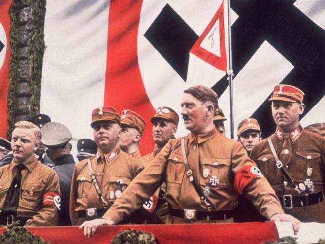 Tu truyen cua Hitler duoc phat hanh tai Duc sau hon 70 nam hinh anh 1