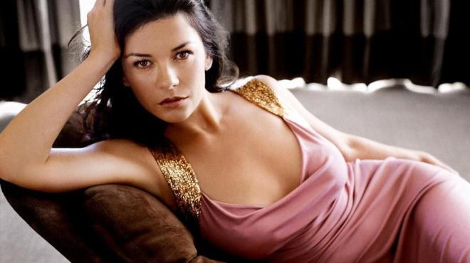 Bi quyet tuoi tre cua Catherine Zeta-Jones: Song lac quan hinh anh 1