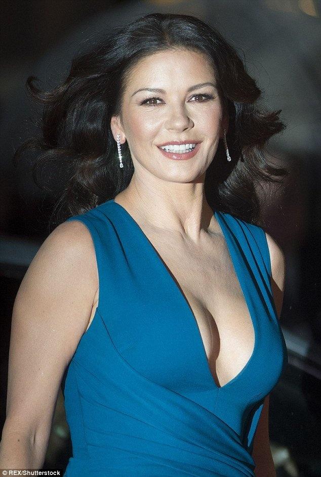 Bi quyet tuoi tre cua Catherine Zeta-Jones: Song lac quan hinh anh 2