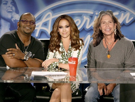 Vu kien giam khao American Idol roi chuong trinh den hoi ket hinh anh