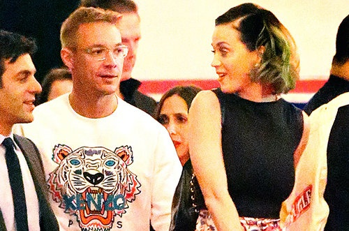 Nhin lai tinh truong cua Katy Perry hinh anh 11