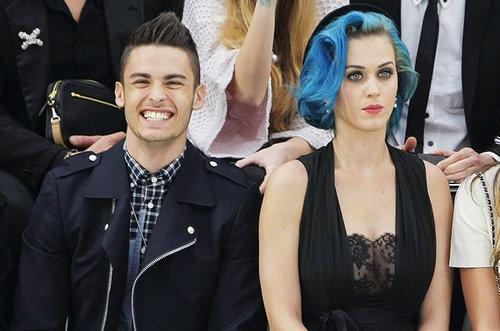 Nhin lai tinh truong cua Katy Perry hinh anh 7