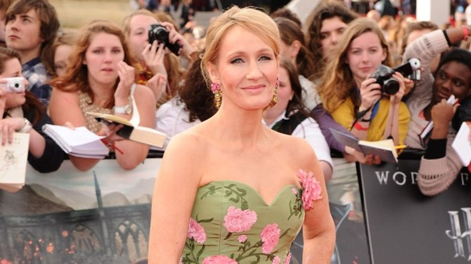 J.K. Rowling phat hanh loat truyen moi ve phu thuy tai My hinh anh