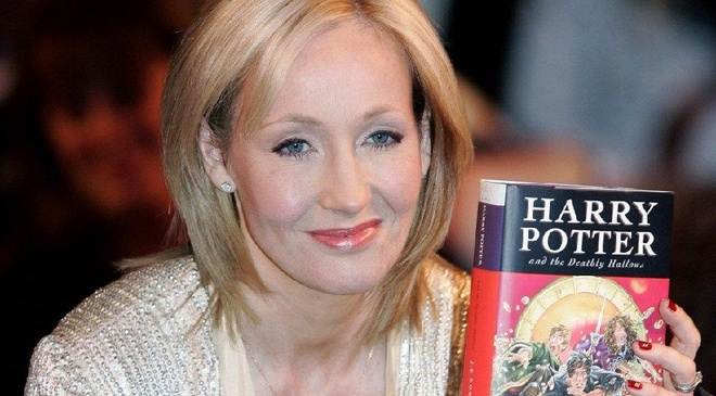 JK Rowling bo tui 10,7 trieu USD tu series 'Harry Potter' hinh anh