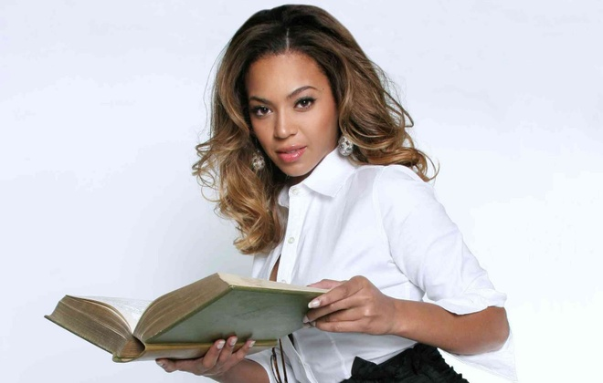 Beyonce tiet lo cuon sach moi phu nu nen doc hinh anh