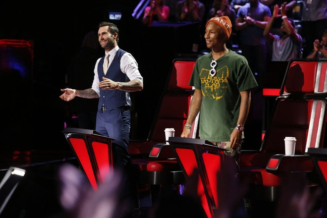 Doi Pharrell va Adam sat nut vong Play-off The Voice My hinh anh