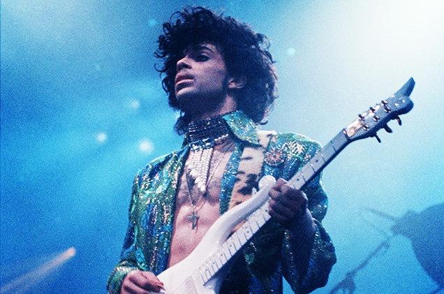 Ca si Prince qua doi o tuoi 57 hinh anh