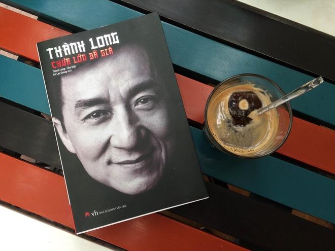 Cuoc doi Thanh Long qua nhung cau chuyen chua bao gio ke hinh anh
