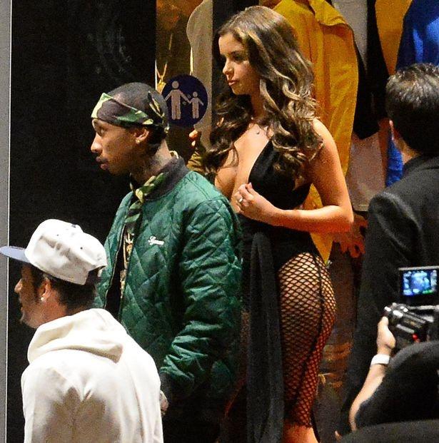 Rapper goc Viet ben ban gai moi sau chia tay Kylie Jenner hinh anh 3