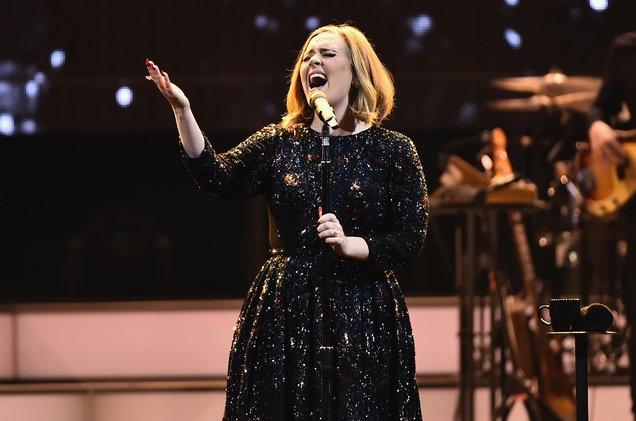 Adele duoc vinh danh nho doanh so ban dia hinh anh