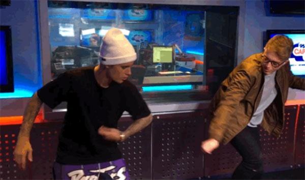 Justin Bieber bi che nhay do te hinh anh