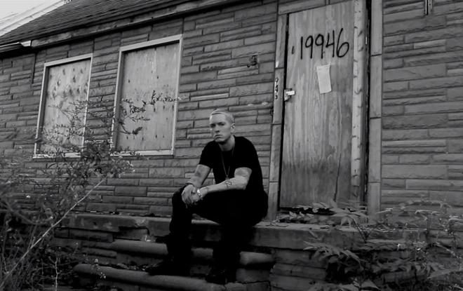 Eminem ban go va gach cua nha cu lam do suu tap hinh anh 1