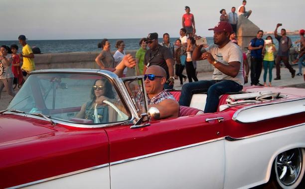 'Fast & Furious 8' tung video gioi thieu tuan dau quay phim hinh anh 1