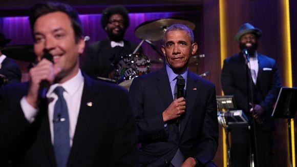 Tong thong Obama hat trong show cua Jimmy Falon hinh anh
