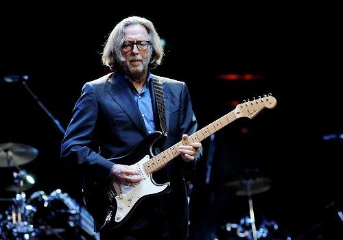 Eric Clapton va bi kich cua mot nguoi cha mat con hinh anh 3