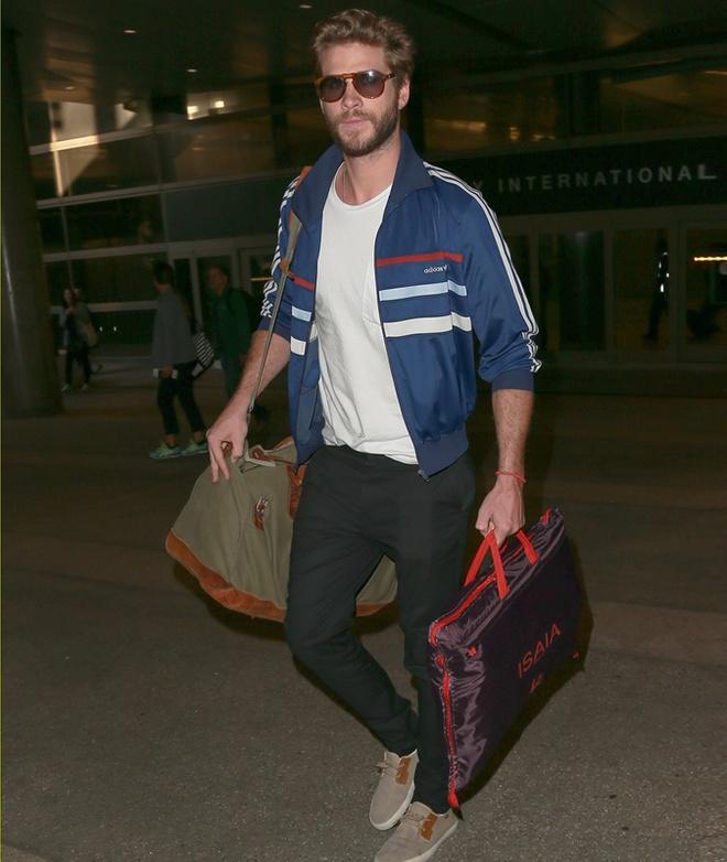 Phong cach thoi trang nam tinh cua Liam Hemsworth hinh anh 7