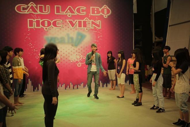 Quang Dang day fan vu dao 'Em cua ngay hom qua' hinh anh 1