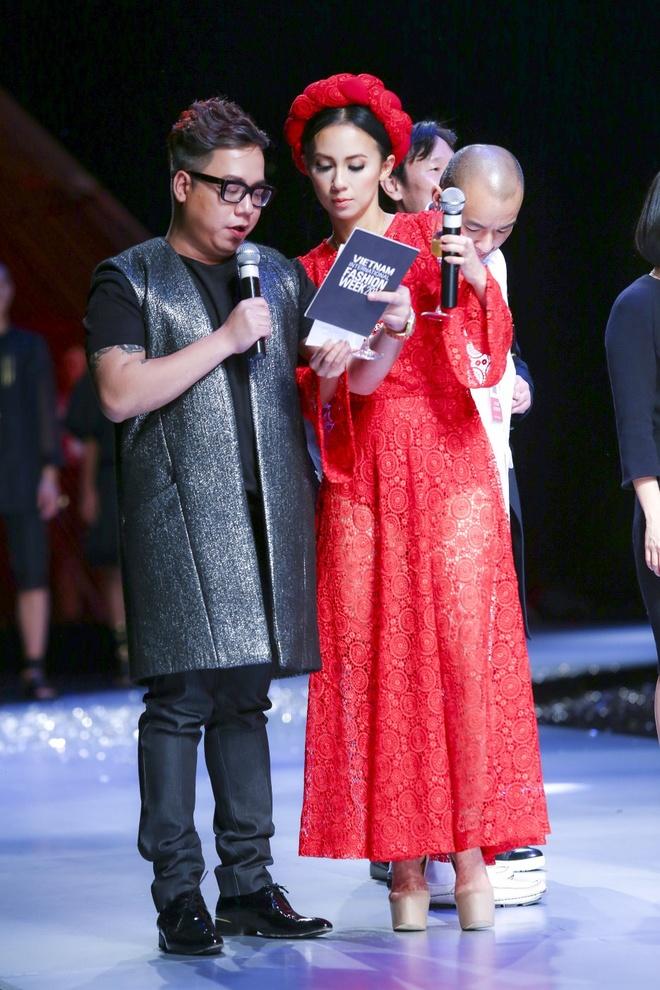 Huyen Ny - co nang MC tao bao nhat showbiz Viet hinh anh 7
