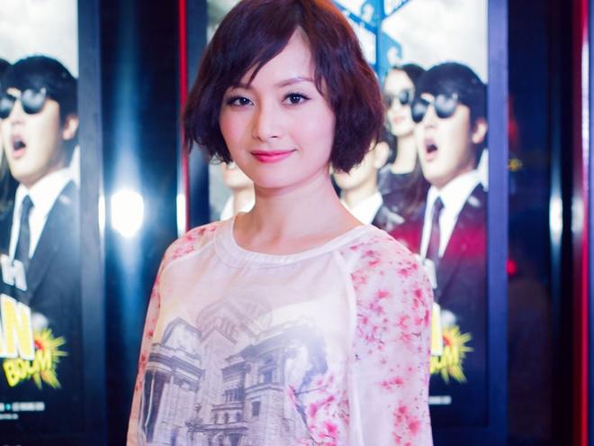 Lan Phuong le bong di xem phim hinh anh