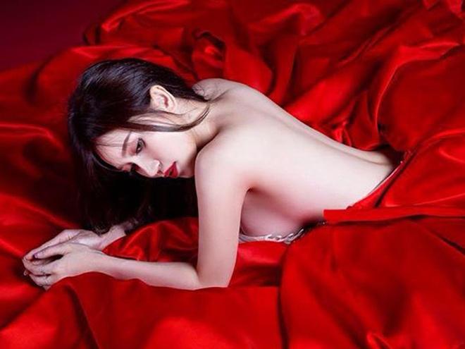 Si Thanh: 'Hinh tuong gai hu khong han la xau' hinh anh