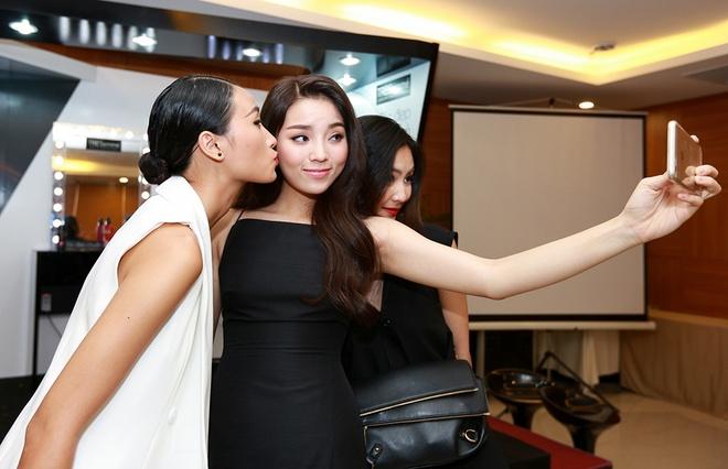Ky Duyen - Trang Khieu chia se bi quyet toc dep hinh anh