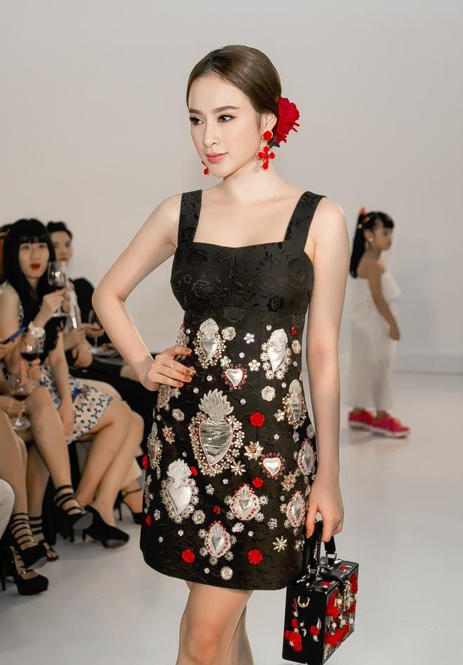 Angela Phuong Trinh - Quynh Anh quyen ru o tiec thoi trang hinh anh 1